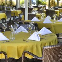 """Terrasse du restaurant """"Le Carré Gourmand"""""""